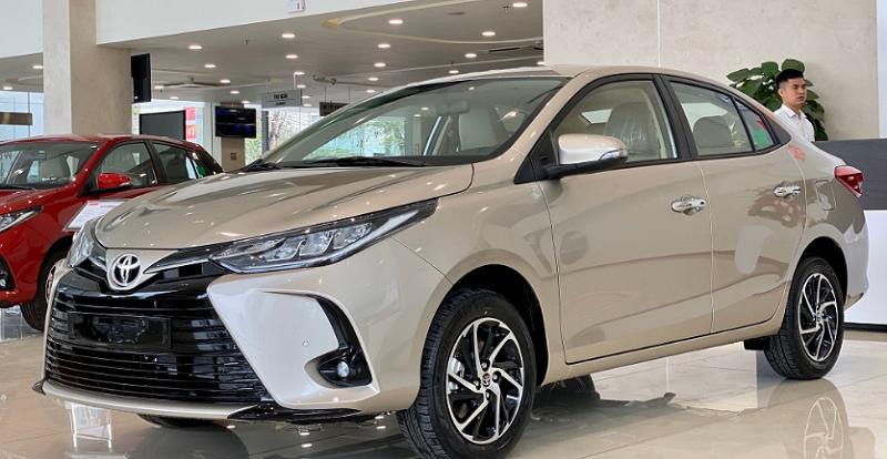 Ngoại Thất Toyota Vios 2022 Màu Nghi Vàng